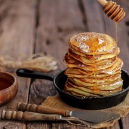 Pannenkoeken met ahornsiroop