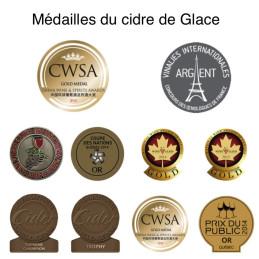 Beloning en medaille voor de ijscider van het landgoed Labranche in Canada, regio Quebec